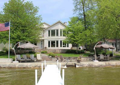 220 Ln 375 Crooked Lake, Angola, IN 46703 - #: 201920283