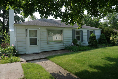 2709 Sampson, South Bend, IN 46614 - #: 201922177