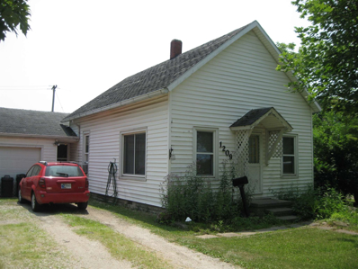 1209 Adams, Decatur, IN 46733 - #: 201929152