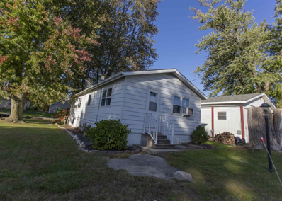 240 Lane 102 Crooked Lake, Angola, IN 46703 - #: 201945575