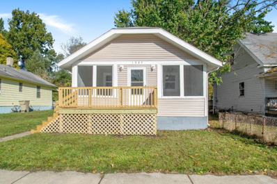 1227 Queen, South Bend, IN 46616 - #: 201948477