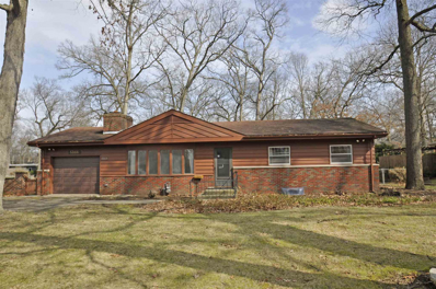 53106 Oakmont West, South Bend, IN 46637 - #: 202010117