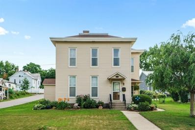 655 Oak, Huntington, IN 46750 - #: 202029944