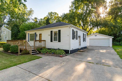 54115 Maple Lane, South Bend, IN 46635 - #: 202033943