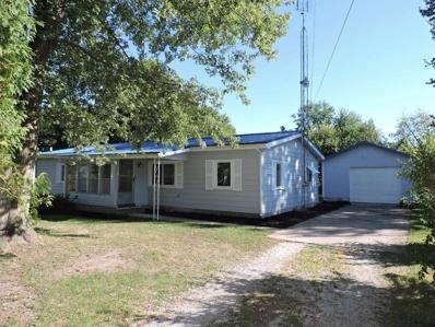 303 W Sycamore, Silver Lake, IN 46982 - #: 202037826