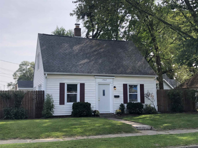 1902 Clyde, South Bend, IN 46613 - #: 202038494