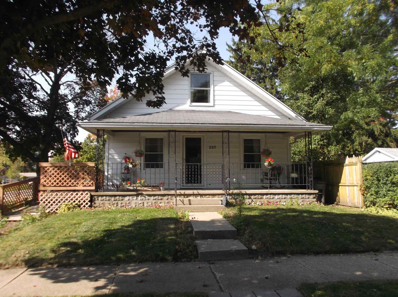 237 S 35th, South Bend, IN 46615 - #: 202041083
