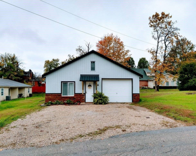 303 Bloomfield, Loogootee, IN 47553 - #: 202043860