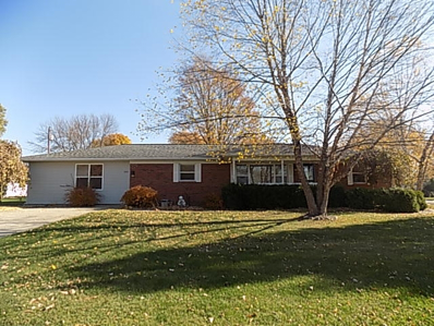1411 Flora, Warsaw, IN 46582 - #: 202044972