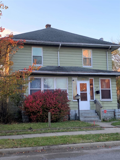 321 Johnson, South Bend, IN 46628 - #: 202048101