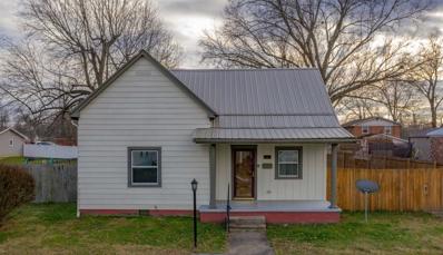 511 E Oak, Boonville, IN 47601 - #: 202048606