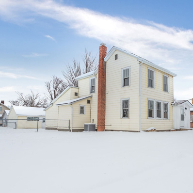 400 W Franklin, Hartford City, IN 47348 - #: 202049256