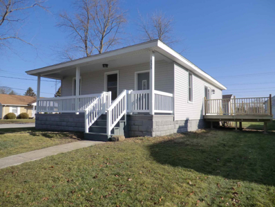 135 N Salem, Francesville, IN 47946 - #: 202049655