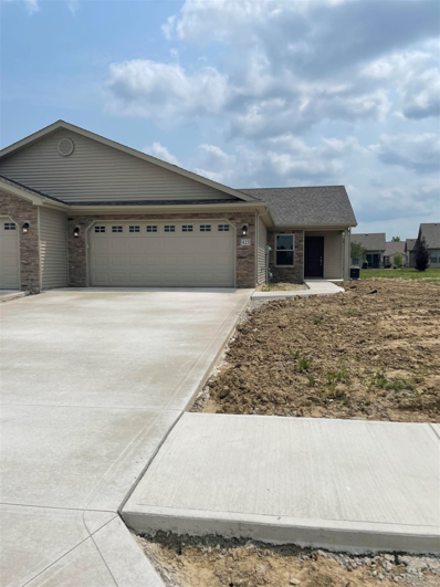 425 Crown Hill, Huntington, IN 46750 - #: 202105922