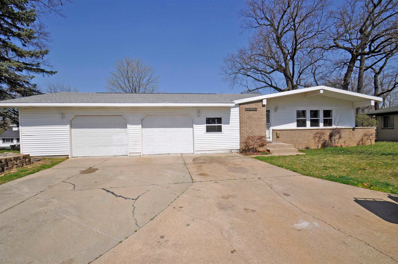 1425 Woodcrest, South Bend, IN 46617 - #: 202111828