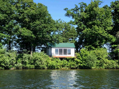 2 Middle Island, Rochester, IN 46975 - #: 202122082