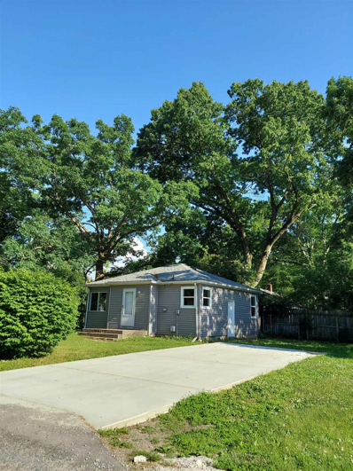 23204 Grove, South Bend, IN 46628 - #: 202122454