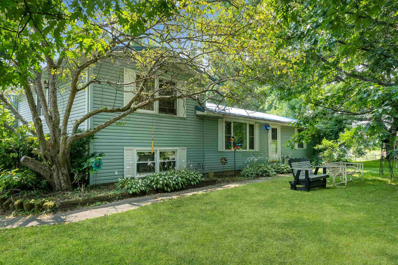 1409 N Hillview, Syracuse, IN 46567 - #: 202129837