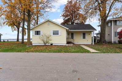8272 E Highland View, Syracuse, IN 46567 - #: 202133512