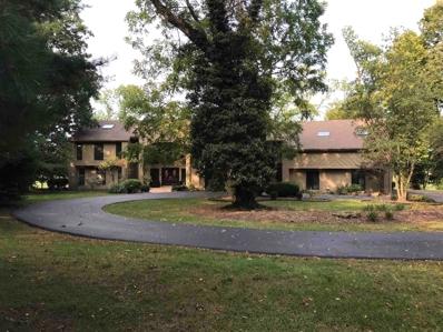 1421 Forest Hills, Vincennes, IN 47591 - #: 202138517