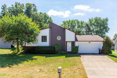 18260 Crownhill, South Bend, IN 46637 - #: 202140099
