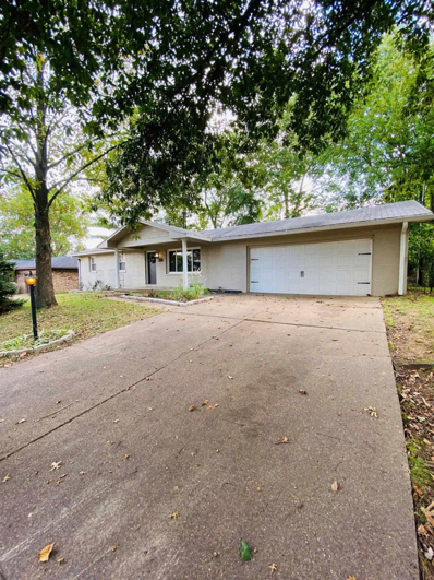330 Lawrence, Mount Vernon, IN 47260 - #: 202141937