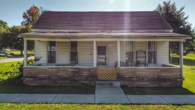 304 W Main St, Mitchell, IN 47446 - #: 202144114