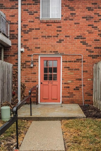 910 Park Central South Drive UNIT B, Indianapolis, IN 46260 - MLS#: 21545095