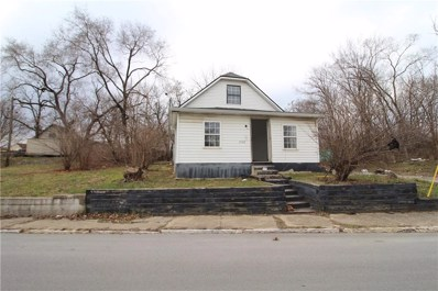 1960 Roosevelt Avenue, Indianapolis, IN 46218 - #: 21549765