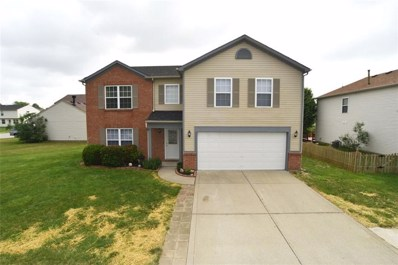 825 Yellowwood Drive, Greenwood, IN 46143 - #: 21570109