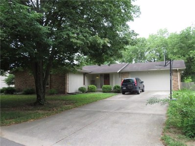 555 Riverside Circle, Columbus, IN 47203 - #: 21576480