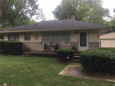 2551 E 68th Street, Indianapolis, IN 46220 - MLS#: 21590070