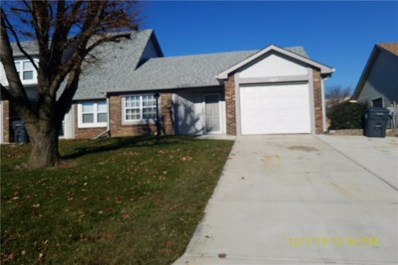 1136 Paradise Way N UNIT D, Greenwood, IN 46143 - #: 21610263