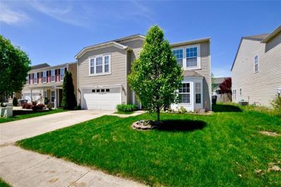 620 Classic Lane, Greenwood, IN 46143 - #: 21638655