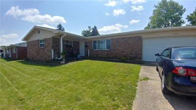 2221 Radcliffe Avenue, Indianapolis, IN 46227 - #: 21644519