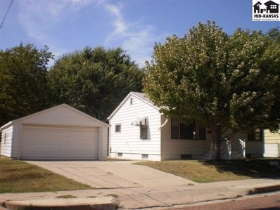 615 N Elm St, Hutchinson, KS 67501 - MLS#: 39675