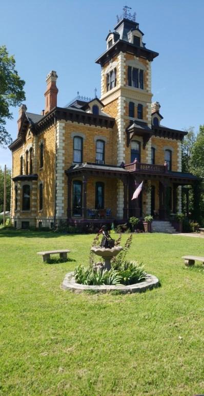 106 Vine Street, Abilene, KS 67410 - MLS#: 77773