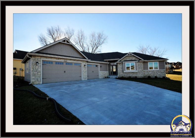 7439 SW Kings Forest Ct, Topeka, KS 66610 - MLS#: 200197
