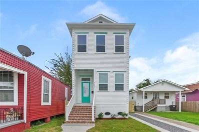 4114 Willow, New Orleans, LA 70115 - MLS#: 2175950
