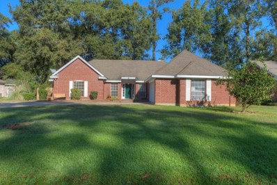 2010 Red Oak Lane, Mandeville, LA 70448 - #: 2209427