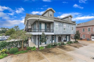 950 Village Walk Lane UNIT B4, Covington, LA 70433 - #: 2226655