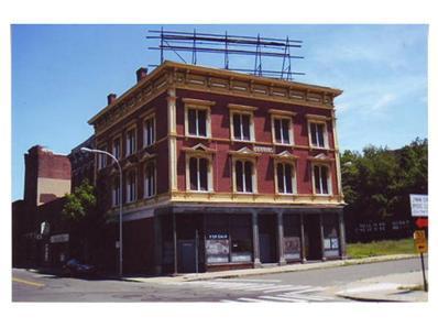335-337 Dwight Street, Holyoke, MA 01040 - #: 70935643