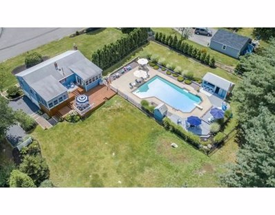 93 Hackett\'s Pond Drive, Hanover, MA 02339 - #: 72397478
