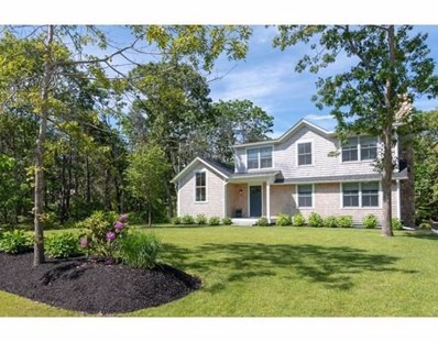 8 Vickers St, Edgartown, MA 02539 - #: 72480442