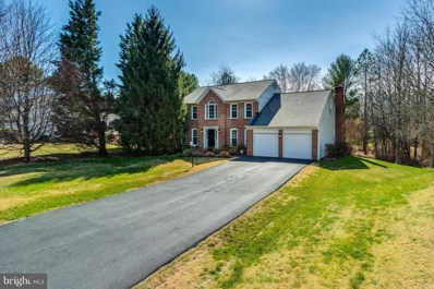9800 Days Farm Drive, Vienna, VA 22182 - MLS#: 1000132398