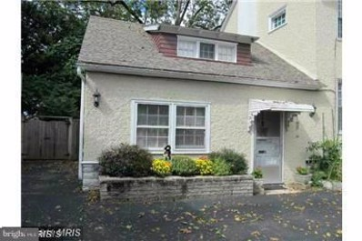655 Philadelphia Avenue, Chambersburg, PA 17201 - MLS#: 1000144470