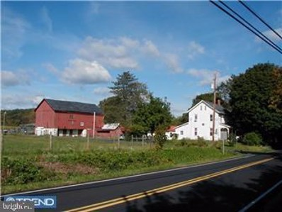2004 Richlandtown Pike, Coopersburg, PA 18036 - #: 1000239455