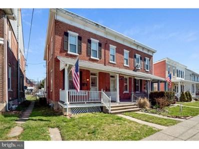 37 E 3RD Street, Lansdale, PA 19446 - #: 1000277332