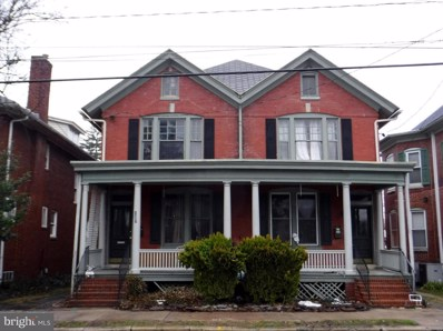 107 Sixth Street N, Chambersburg, PA 17201 - #: 1000296390