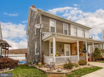 37 W Maple Street, Dallastown, PA 17313 - MLS#: 1000306932